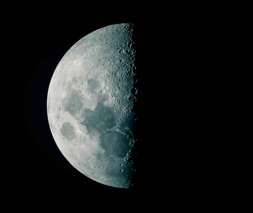 third quarter moon � lunar ladies